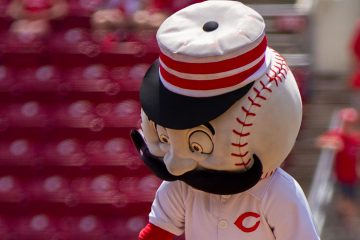 Mr. Redlegs (Photo: Doug Gray)